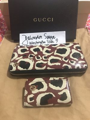 Authentic Gucci Wallet and key holder for Sale in Tacoma, WA