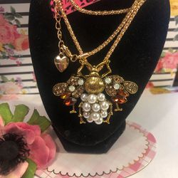 Super Cute Betsey Johnson Bee 🐝 Necklace Brooch Faux Pearls Garnet Color Gems On Bronze Alloy 3 Inch Wide. On18 Inch Adjustable Chain Gift Box for Sale in Macedonia,  OH