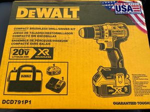 Dewalt compact brushless drill/driver kit for Sale in Burlington, NJ