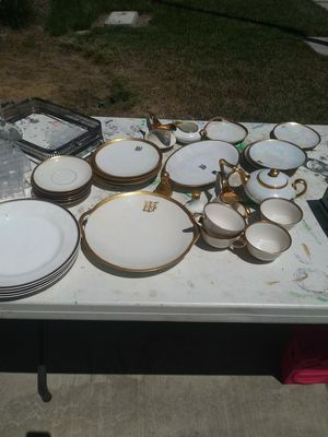 China for Sale in Modesto, CA