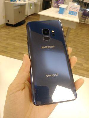 Samsung Galaxy S9 Unlocked for all carriers for Sale in Everett, WA