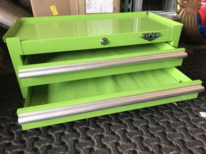 New Viper small tool box for Sale in Columbus, OH