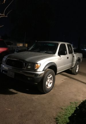 2001 Toyota tacoma for Sale in Arvin, CA