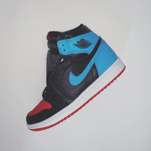 Air Jordan 1 NC to Chi size 8.5 for Sale in Beverly Hills, CA