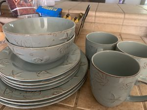 Dishes FREE for Sale in Farmersville, CA