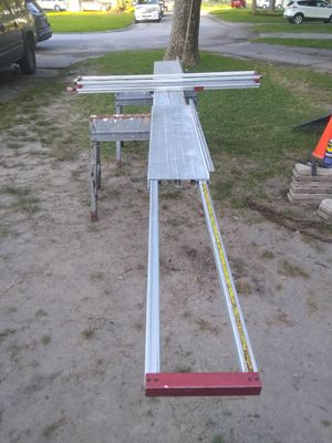 Siding cutting table for Sale in Pasadena, TX