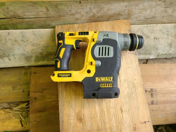 Brushless hammer drill