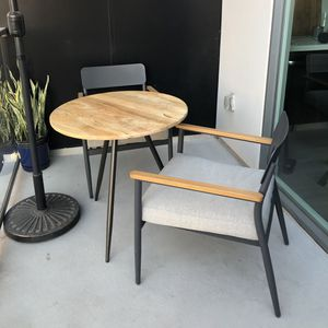 Outdoor Chairs Patio Garden Furniture for Sale in Los Angeles, CA
