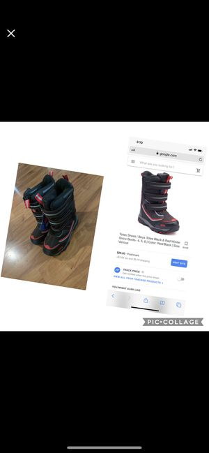 Kids totes snow boots for Sale in Fontana, CA