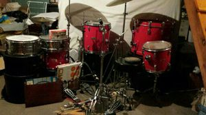 4 pearl world series drum set for Sale in McDonald, PA