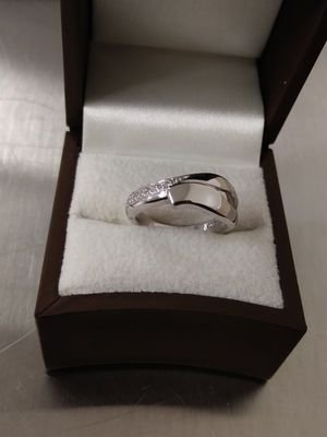 New Solid 925 Sterling Silver CZ ring size 5 $45 OR BEST OFFER for Sale in Paradise Valley, AZ