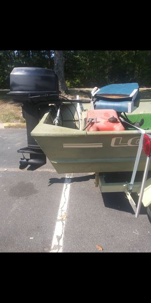 16ft lowe 20HP Evinrude for Sale in Amelia Court House, VA