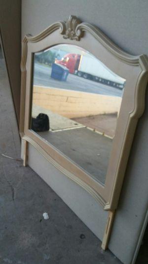 Dresser mirror for Sale in Tarpon Springs, FL