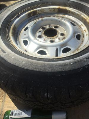 Tires/rims 2 ford ranger 1987 for Sale in Crofton, MD
