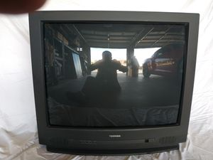 """Free 32"""" Toshiba TV / includes remote & owners manual for Sale in Peoria, AZ"""