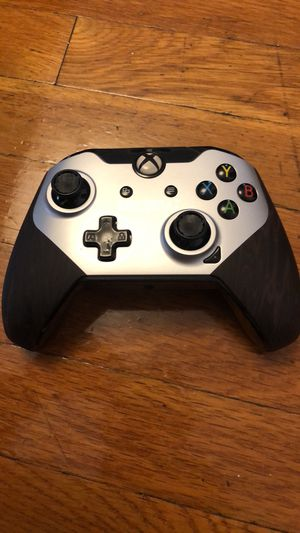 Xbox one battlefield 1 edition wired controller for Sale in Johnston, RI