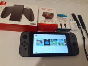Modded/hacked Nintendo switch with over 2000 switch games 128gigs of memory no trade pick up on 79th ave and peoria for Sale in Peoria, AZ