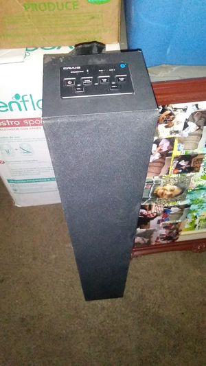 Bluetooth speaker with lights for Sale in Bellflower, CA