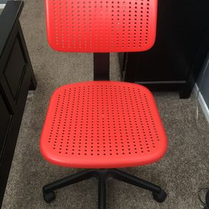 Red Office Chair for Sale in Silverado, CA