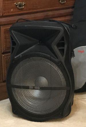 Big Bluetooth speaker for Sale in Saint Joseph, MO