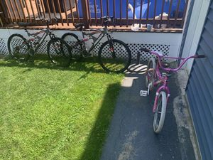 Bikes ( two adult and 1 kid bike ) $80 for all 3 for Sale in Lynn, MA