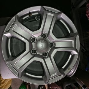 """18"""" New Factory Jeep Wheels with tire pressure sensors. 5 for $300 OBO. for Sale in Sun City Center, FL"""