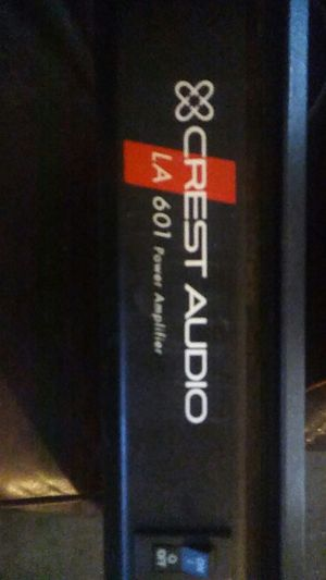 CREST COMMERCIAL AUDIO AMPLIFIER FOR DJ EQUIPMENT for Sale in Los Angeles, CA