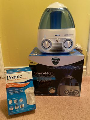 Vicks Starry Night Cool Moisture Humidifier for Sale in Monterey Park, CA