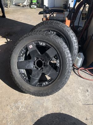 20x9 rockstar rims black with good tires $900 obo for Sale in Wilmington, NC