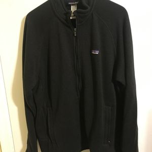Patagonia Sweater Men's Size Large In Very Good Condition for Sale in Fort Lauderdale, FL