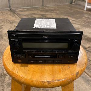 2004 Toyota Rav 4 Stereo Radio Unit for Sale in Aurora, IL