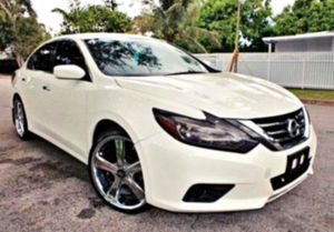 extra clean Altima__2015__ for Sale in Long Beach, CA
