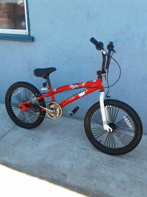 """Schwinn Falcon Bike--20"""" Tires for Sale in Chino, CA"""