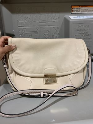 Marc by Marc Jacobs soft leather crossbody $20 for Sale in Fort Worth, TX