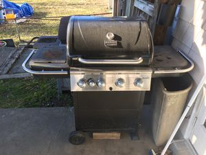 Propane charbroil grill for Sale in Sterling, VA