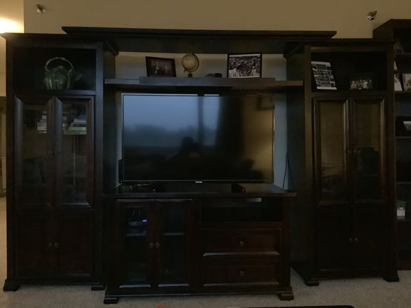 Tv room set