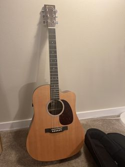 Martin - DCPA5 Acoustic Guitar + Deluxe Dreadnought Bag for Sale in Renton,  WA
