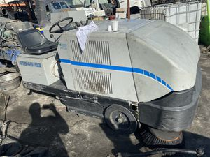 Clark American Lincoln Riding Scrubber Sweeper 505-801 for Sale in Miami Springs, FL
