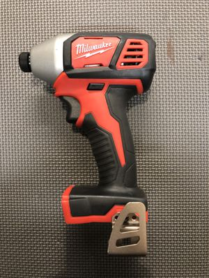 """Milwaukee 1/4"""" Impact Driver for Sale in Southaven, MS"""