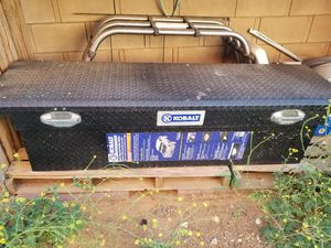 Truck tool box for Sale in Palmdale, CA