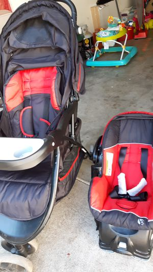 Car seat and stroller for Sale in Portland, OR