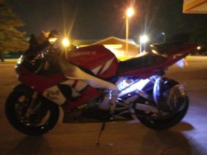 2001 yammha R1000 for Sale in Mitchell, IL
