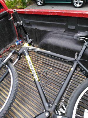 Scott 2011 black and yellow bike for Sale in Bristol, TN