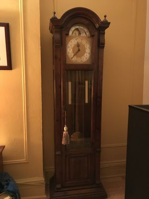Beautiful Grandfather Clock - Howard Miller for Sa