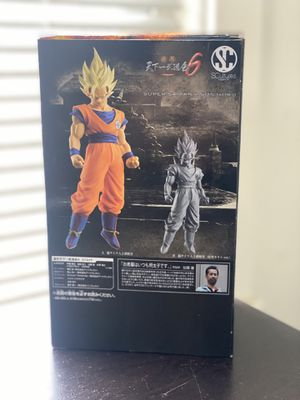 Goku Statue Exclusive Bandai Collection Dragon Ball Z for Sale in Queens, NY