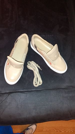 Burberry House Check and Leather Sneakers 37.5 for Sale in Los Angeles, CA