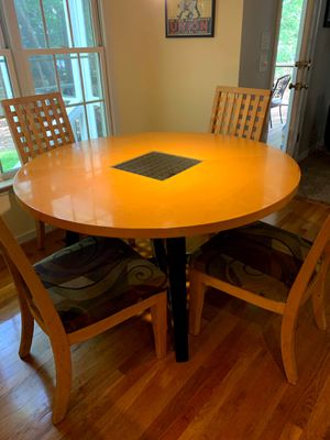 Round Kitchen Table for Sale in Midlothian, VA