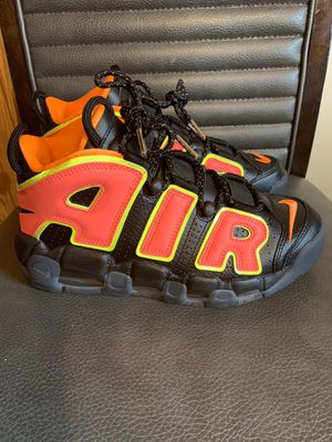 Brand new woman's nike air uptempo size 7.5 no box for Sale in San Antonio, TX