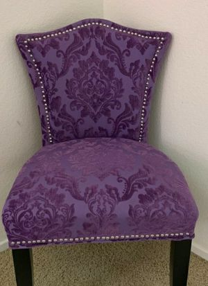 Accent chair for Sale in Oceanside, CA