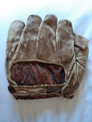 Vintage Reach Baseball glove. for Sale in Irving, TX